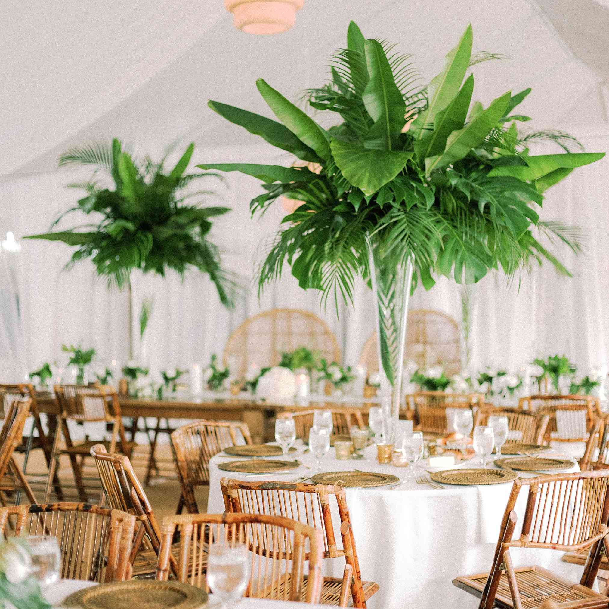 Dining room with palm leaf decorations